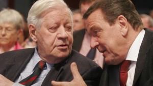 Helmut Schmidt and Gerhard Schroeder (--faz.net)