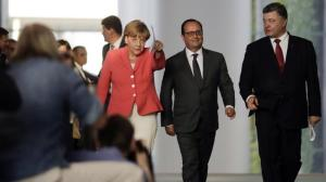 Merkel, Hollande, Poroshenko in Berlin, August 25, 2015 (--theaustralian.com)