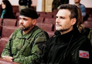 Alexey Markov (R) with Alexei Mozgovoi, Lugansk, May 2015