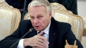 Jean-Marc Ayrault in Moscow (--Vasily Maximov/AFP)