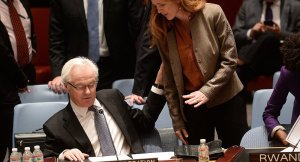 Vitaly Churkin, Samantha Power (--AFP/Emmanual Dunand)